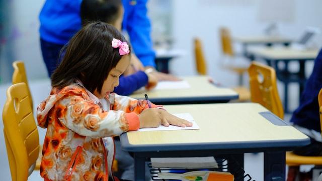 小学生の勉強を親が見る【コツ5】学校モードにする